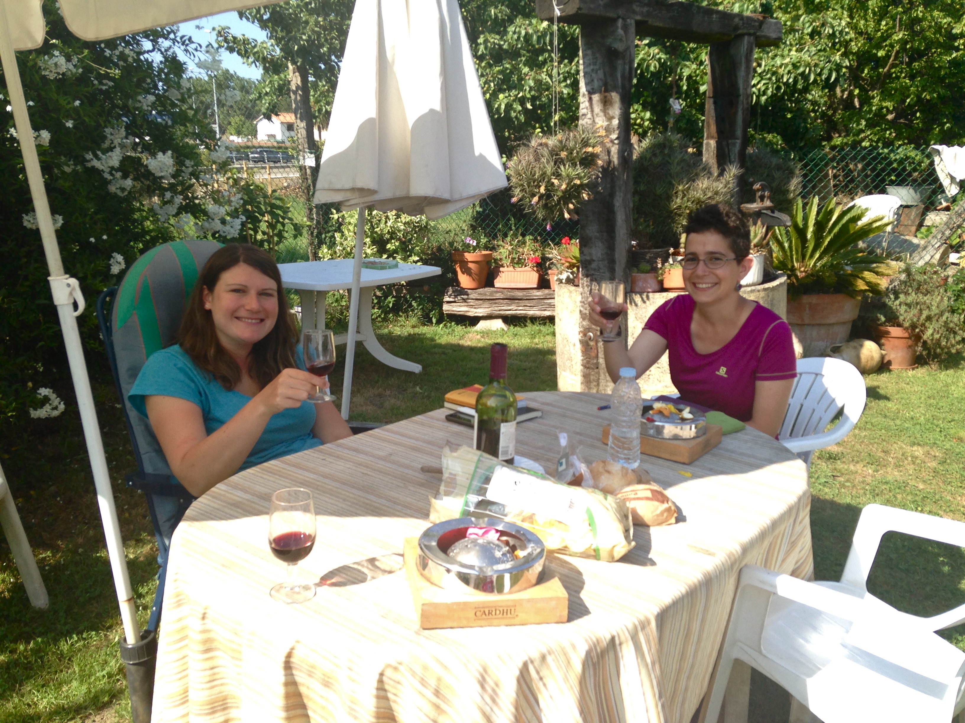 Picnic at Albergue La Santa Cruz, Favorite albergues on the Camino del Norte