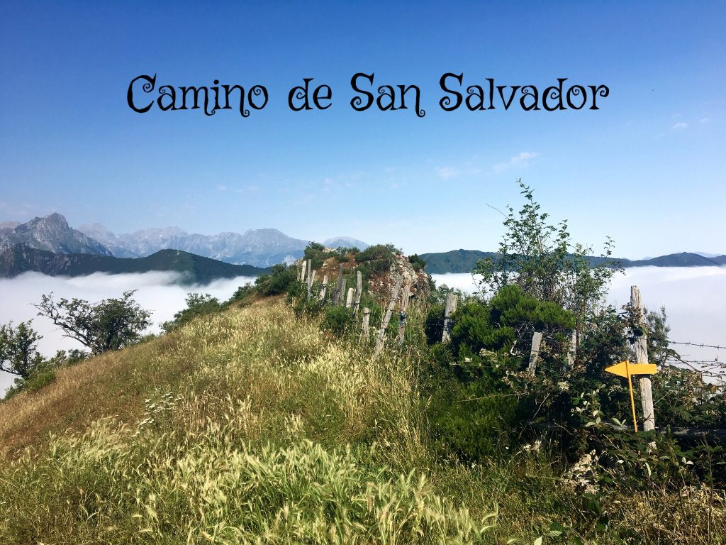 Clouds and mountains, Camino de San Salvador