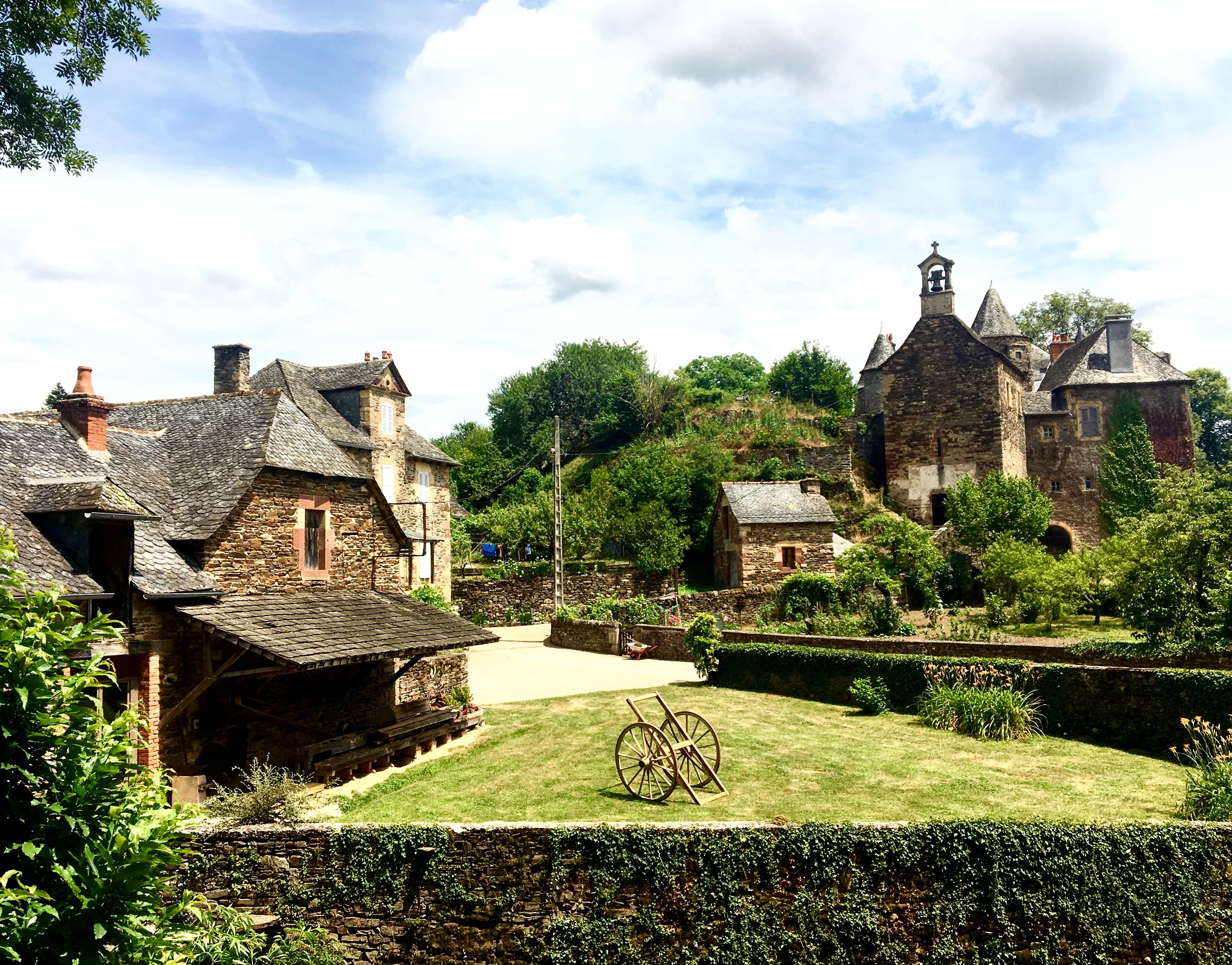 Village before Estaing, Chemin du Puy