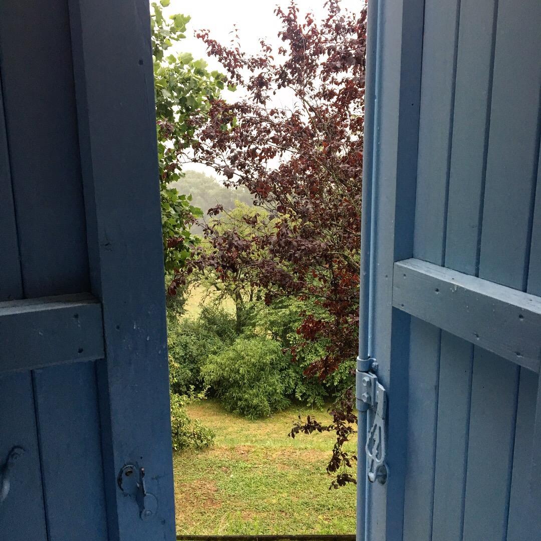Shutters in gîte, Chemin du Puy