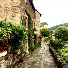 In The Center Of It All; Day 10 on the Chemin du Puy, Sénergues to Conques, 9km