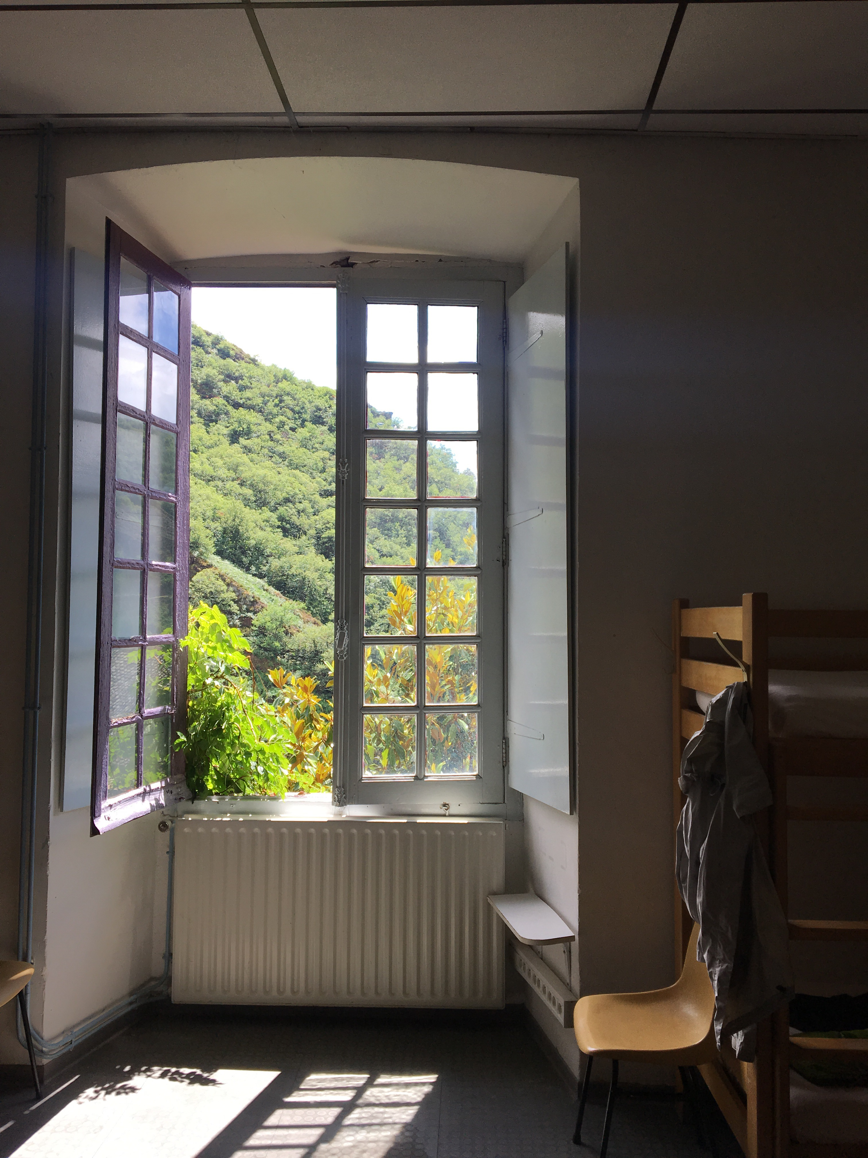 Room in Abbaye, Conques, Chemin du Puy