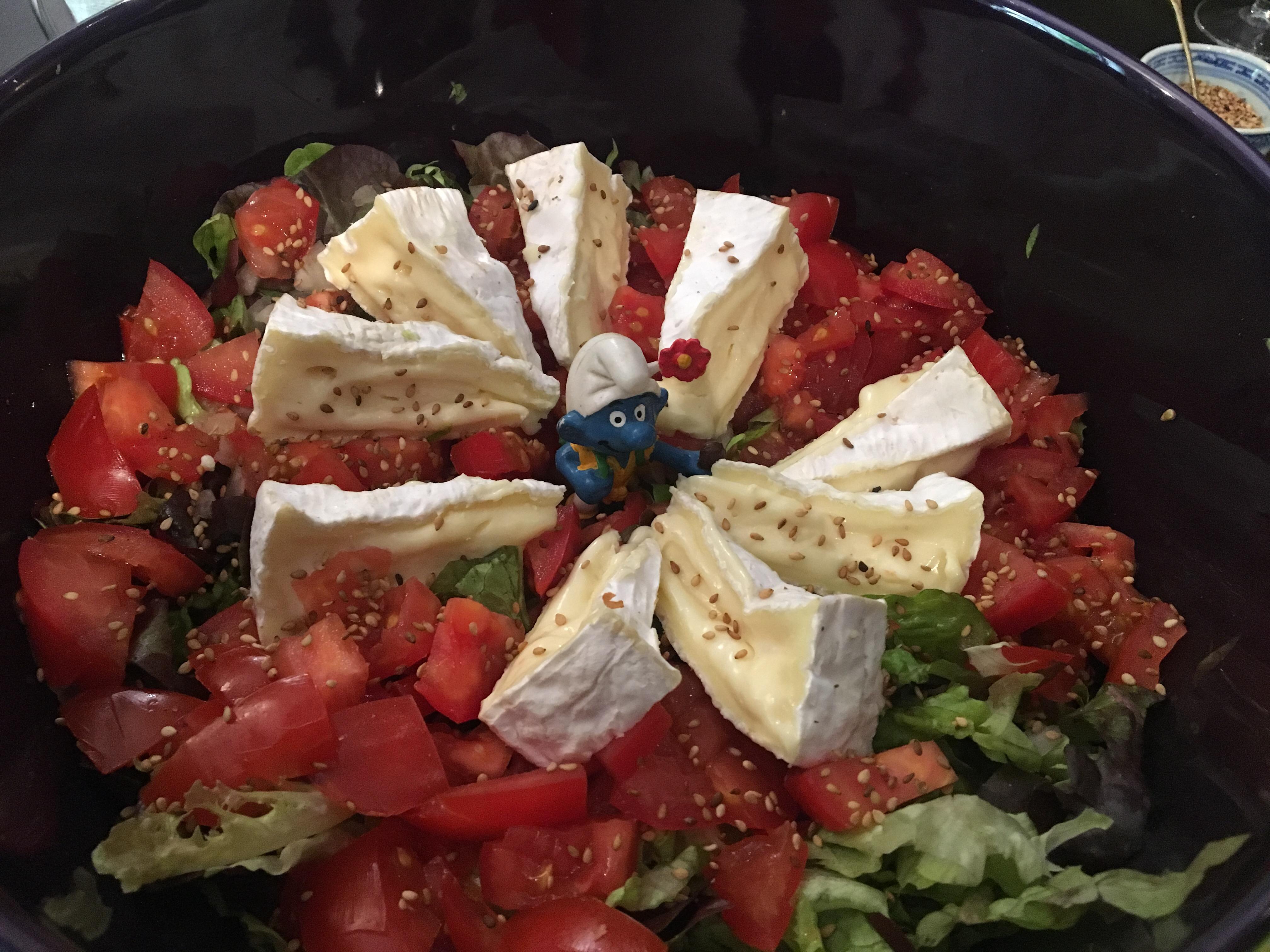 Pilgrim smurf in salad, Le Papillon Vert, Chemin du Puy