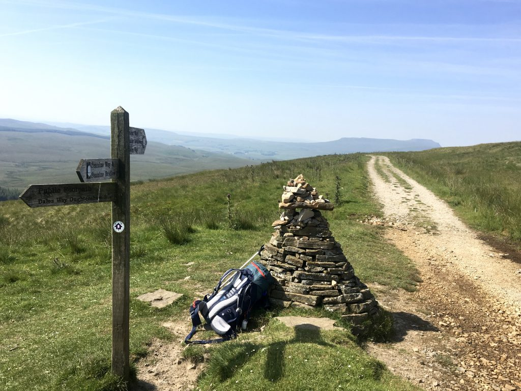 Singpost and rock cairn, Pennine Way