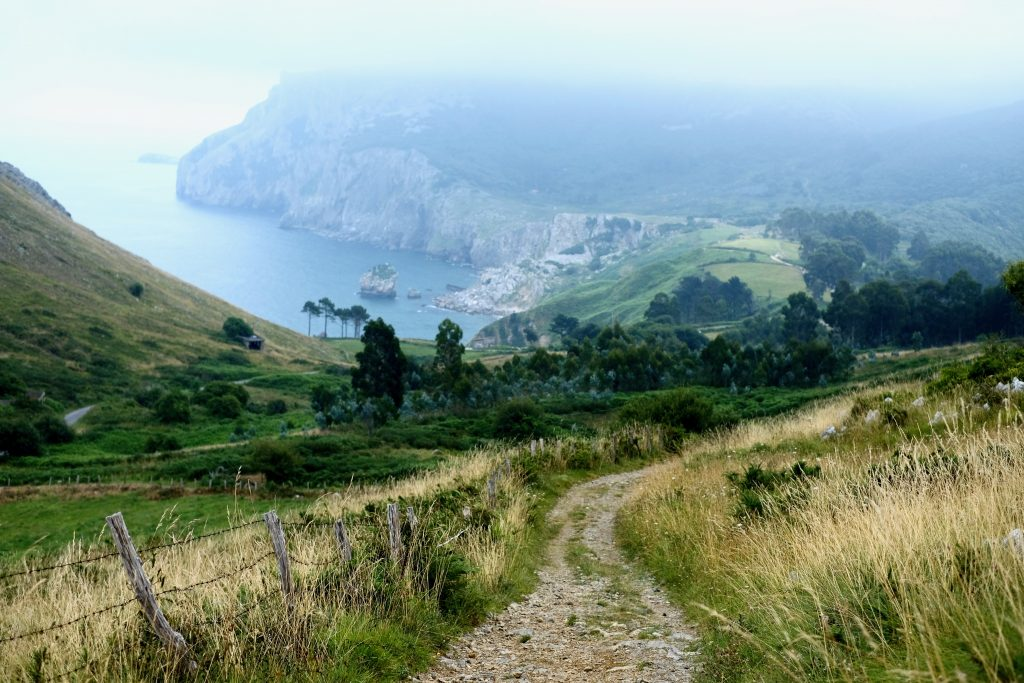 coastal path on the Camino del Norte