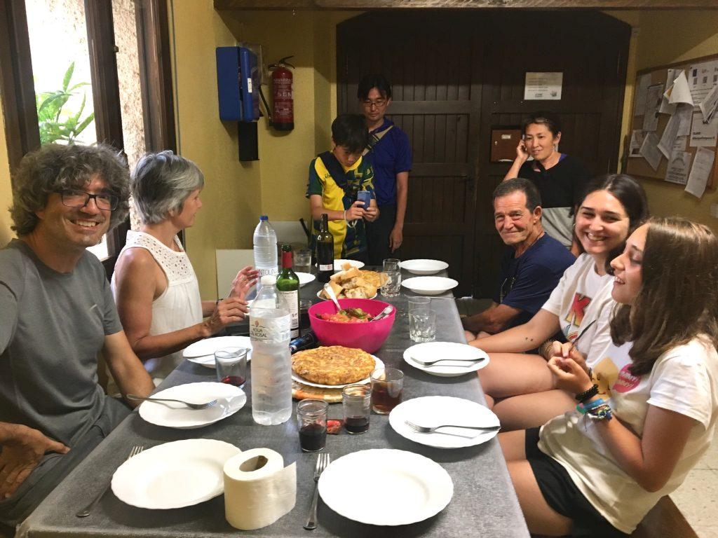Pilgrim family dinner; Camino Aragonés