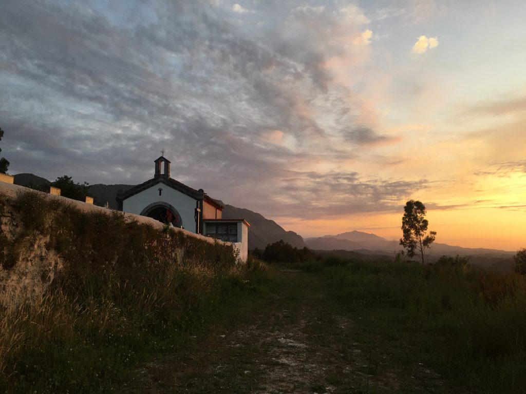 Sunset in Pineres, Camino del Norte