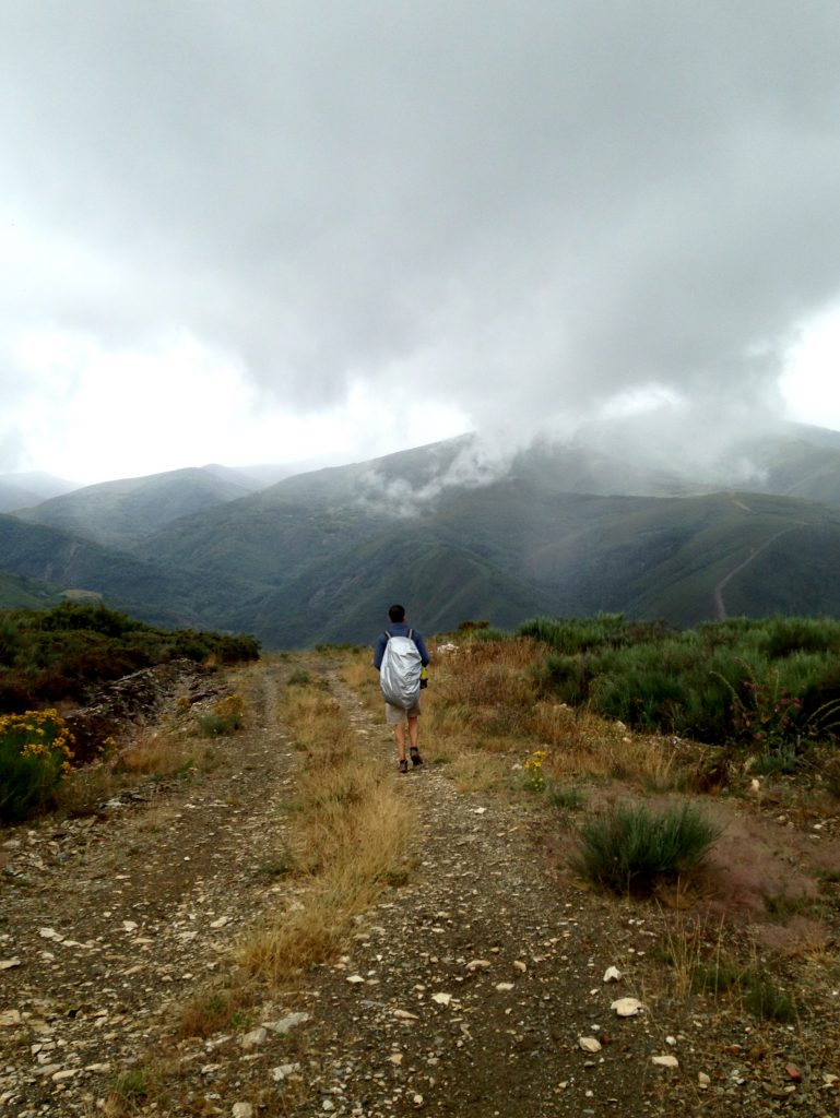 Crossing the mountains, Dragonte route, Camino Francés