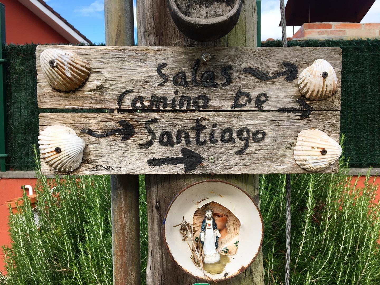Sign on the Camino Primitivo