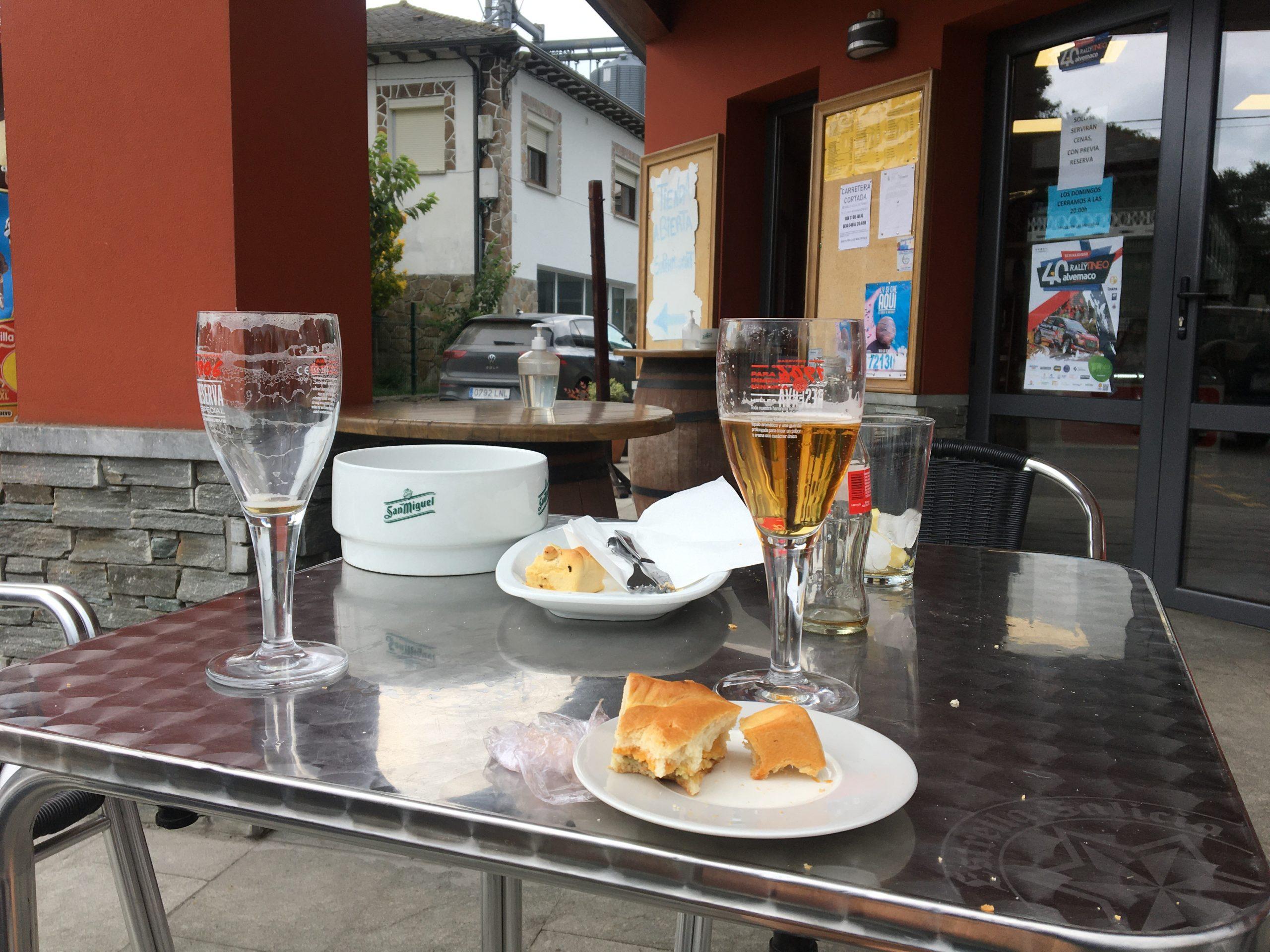 Cerveza and empanada break in Campiello, Camino Primitivo